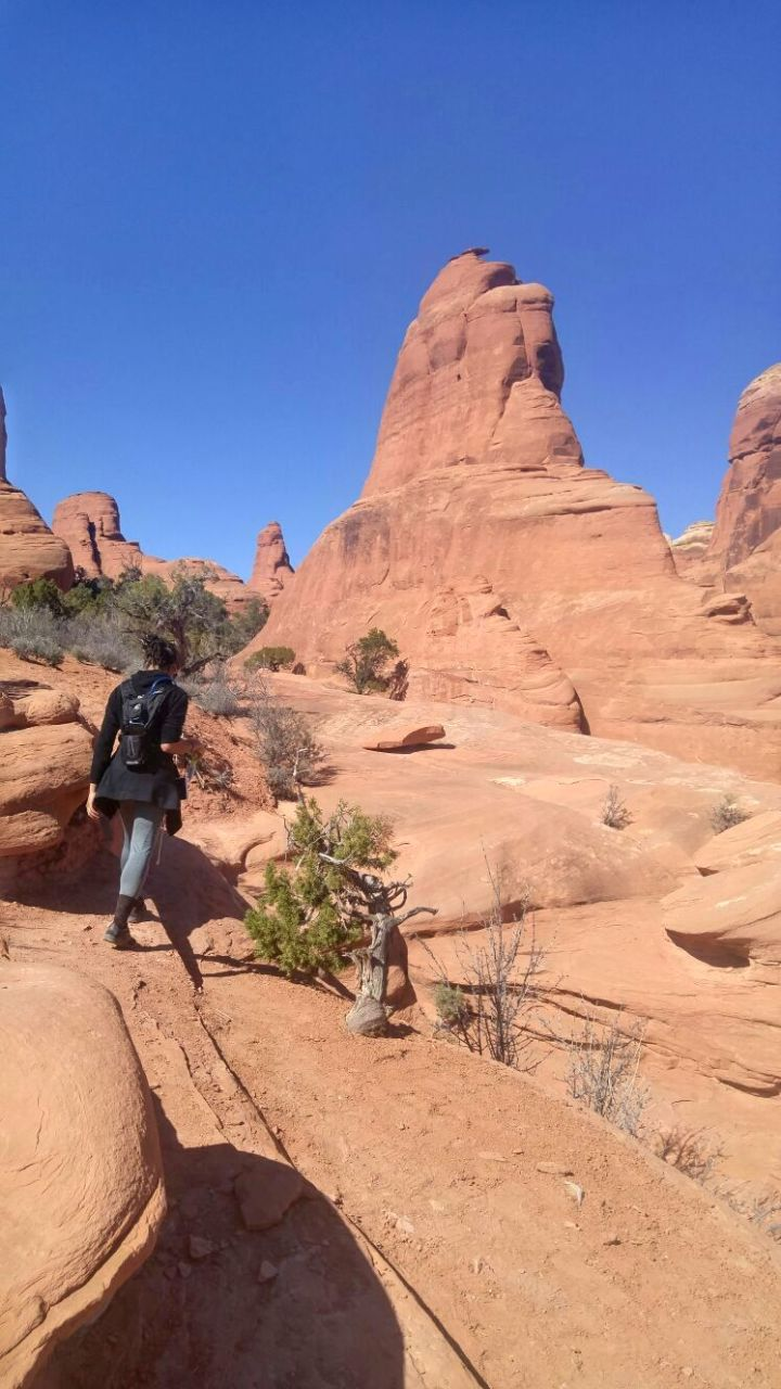 Day 1 in Utah: Hiking the Tower Arches Trail at Arches National Park