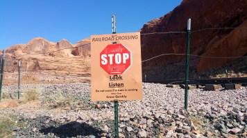 6.5 Train Lines at Corona Arches Hiking Trail Utah