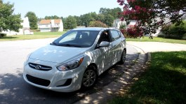04 Seth the 2016 Hyundai Accent SE Hatchback