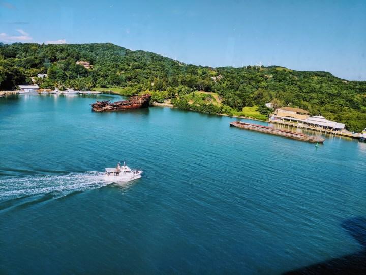 14 Mahogany Bay Isla Roatan Honduras