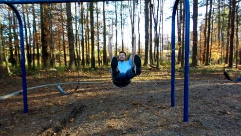 twotonetheartist swinging park