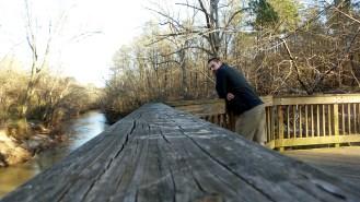 twotonethertist hiking trail balcony river