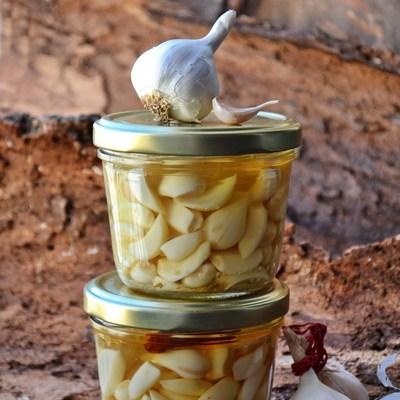 usturoi murat – în vin alb sec