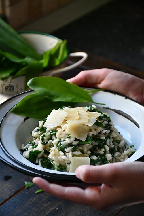Wild garlic risotto - Bucătăria familiei mele-www.alexjuncu.ro