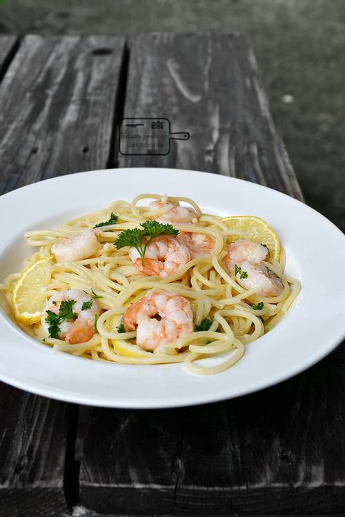 Spaghetti cu creveți - Bucătăria familiei mele - www.alexjuncu.ro