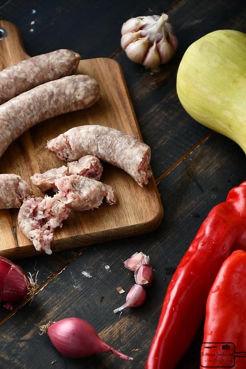 Cârnați - Bucătăria familiei mele - www.alexjuncu.ro