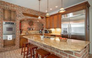 281 N Guthriesville Road Downingtown PA 19335 9