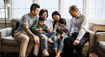 More Generations Are Living under One Roof This Year | Simplifying The Market