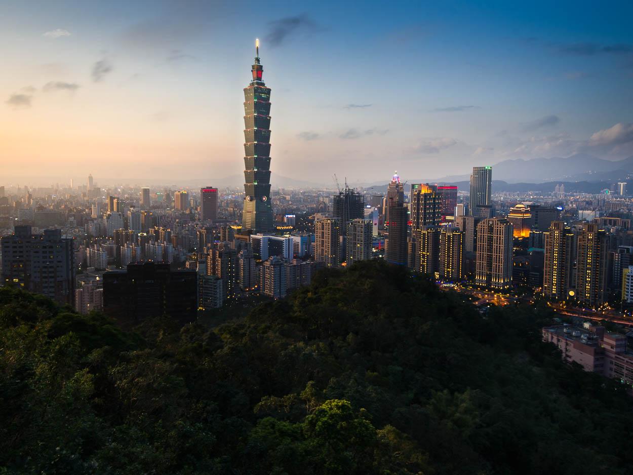 A classic view of Taipei and Taipei 101