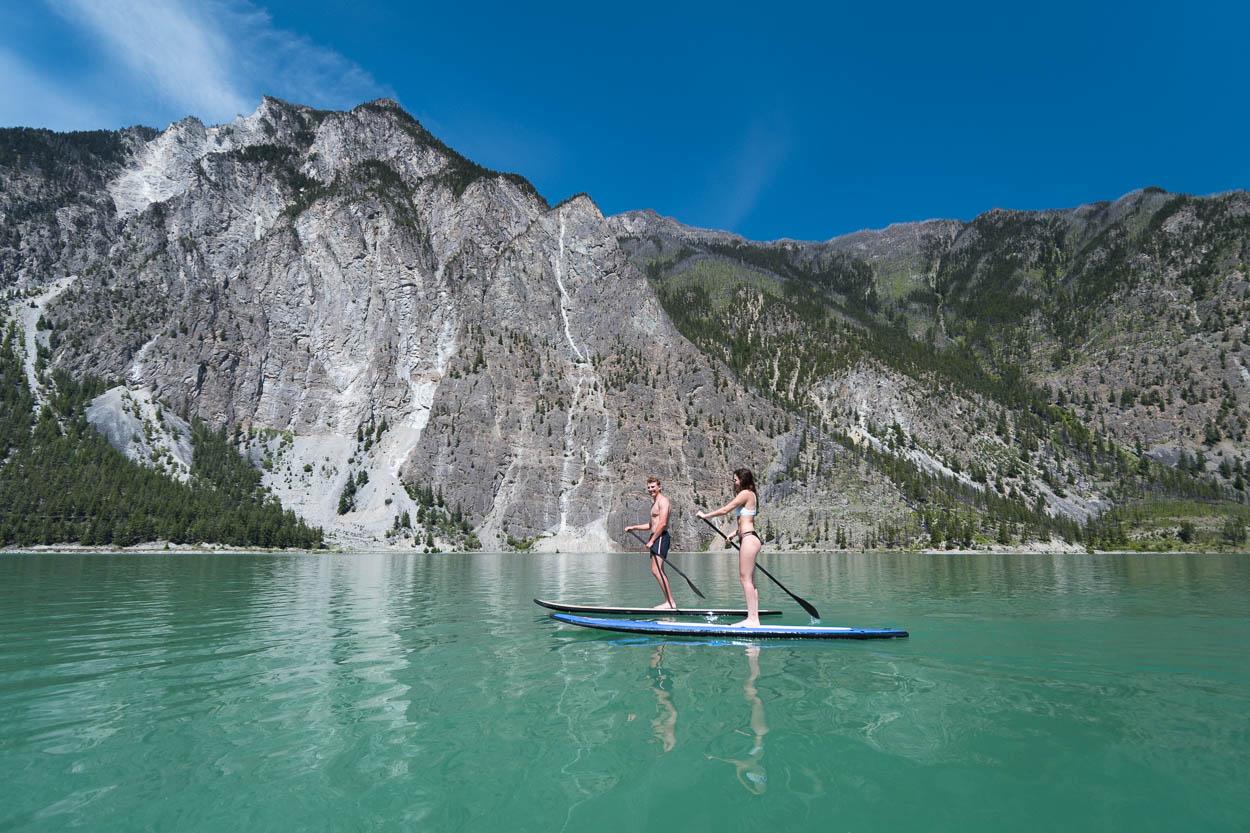 Two adventurers paddle across Seton Lake