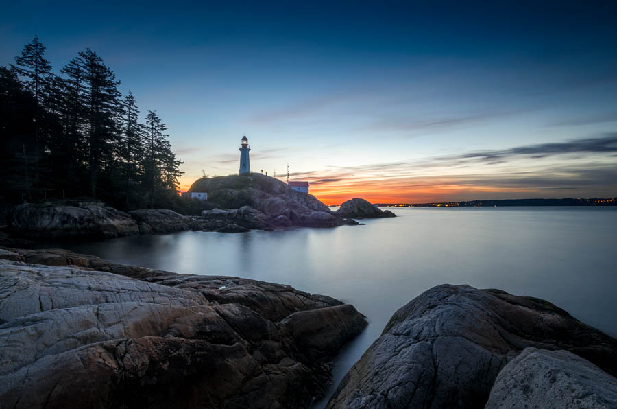 Vancouver Lighthouse Park at sunrise