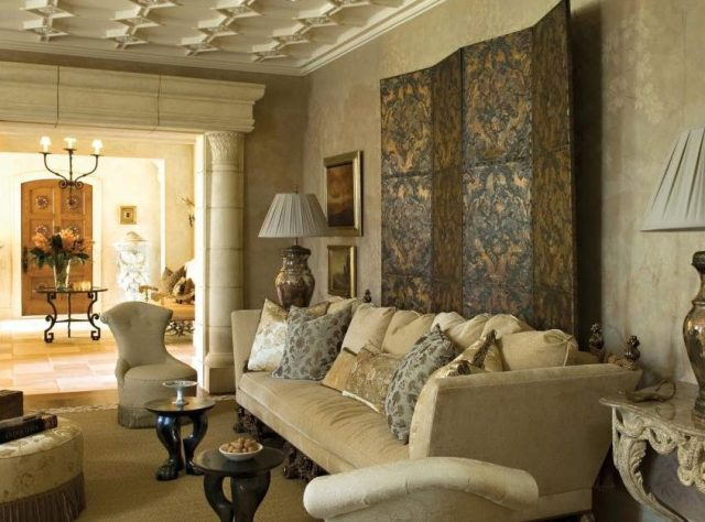 Plaster ceiling pattern