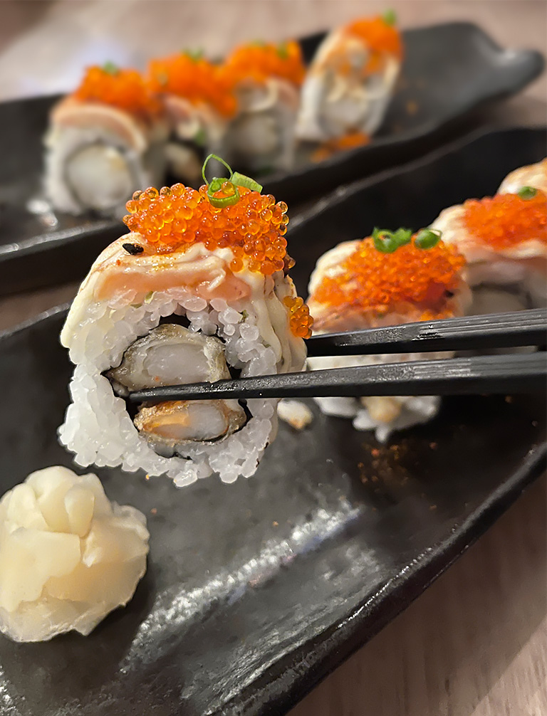 Marumo omasake plate of Aburi Salmon, Tobiko and Tiger Prawn Tempura Sushi