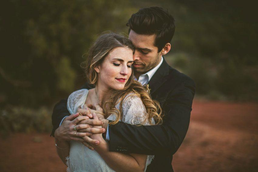Romantic Arizona wedding photos