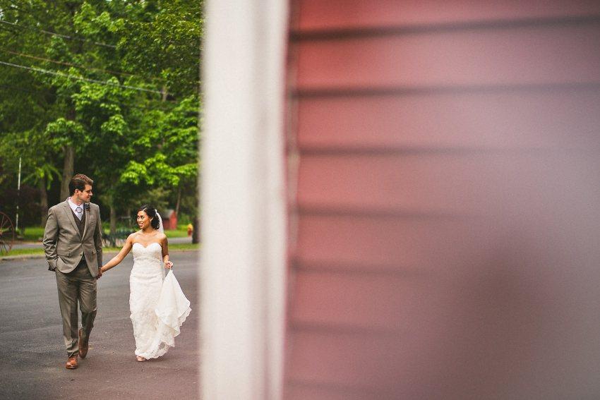 Smith Barn wedding photographers