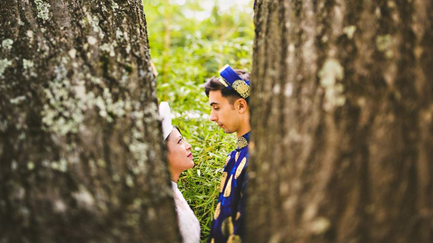 Backyard Vietnamese wedding portraits