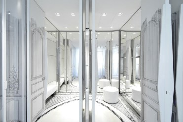 maison-margiela-opens-its-new-flagship-store-located-in-milan-04