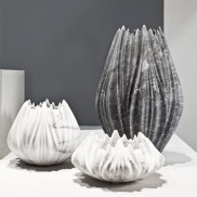 Zaha-Hadid-Tau-Vases-Citco-Milan-2015_dezeen_468_1