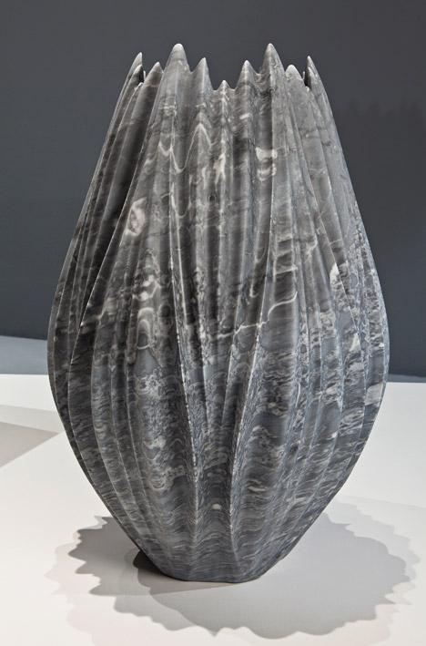 Zaha-Hadid-Tau-Vases-Citco-Milan-2015_dezeen_468_8