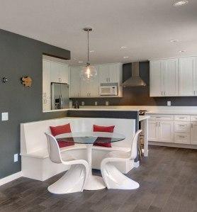 необычный дизайн стульев для кухни