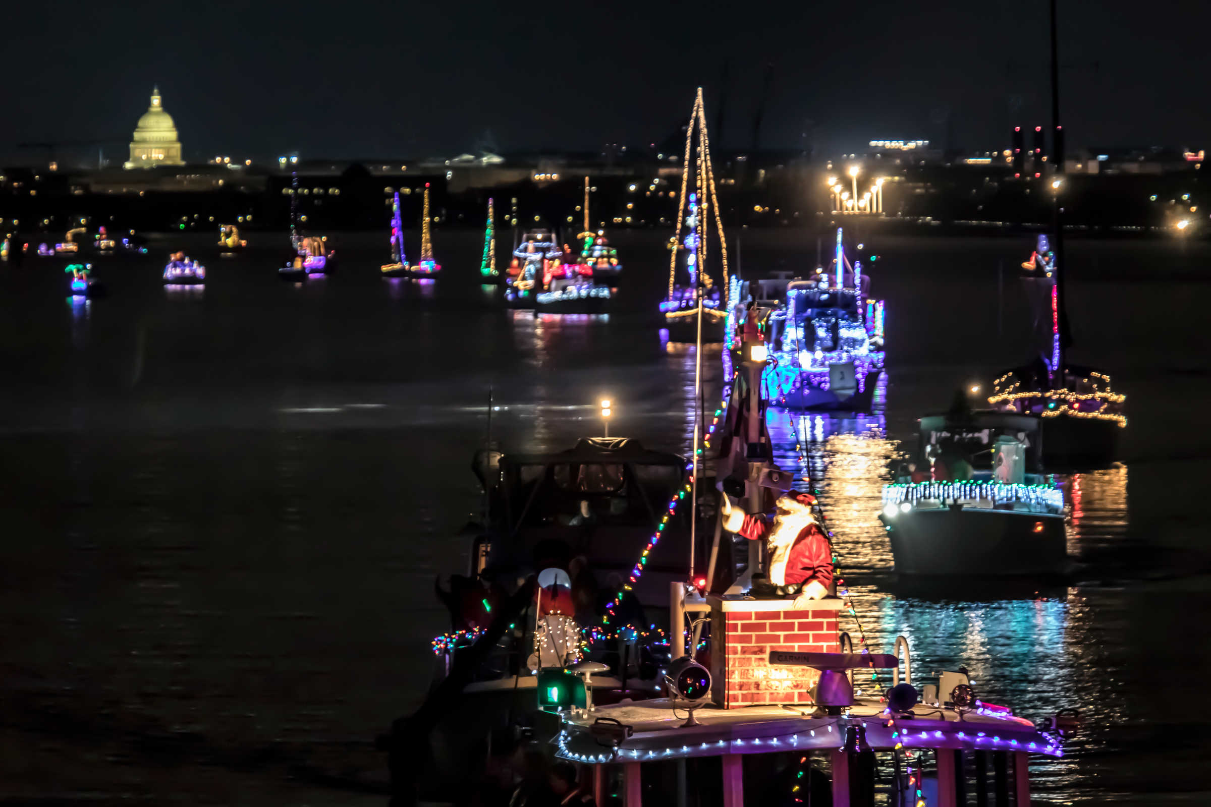 Slideshow See The Best Of The Holiday Boat Parade Of