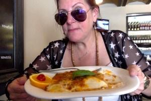 Alex Trenoweth eating lasagne in Rome