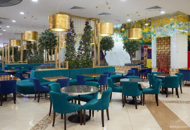 ресторанный дворик ТЦ европейский