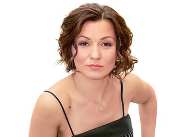 Элен Саркеева (Elen Shanti) — Автор и ведущая йога практик