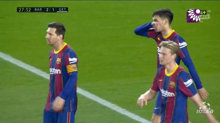 شاهد الهدف الثاني ( 2-1 ) لصالح برشلونة في شباك خيتافي