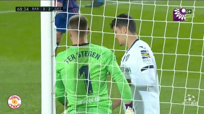 شاهد الهدف الثاني ( 3-2 ) لصالح خيتافي في شباك برشلونة