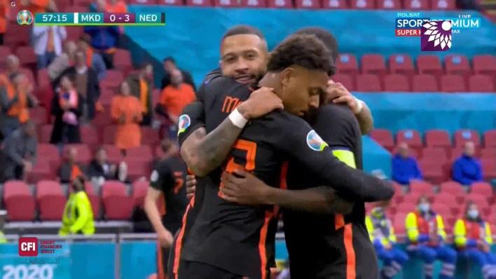شاهد الهدف الثالث (3 – 0) لصالح هولندا شباك مقدونيا