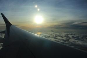 Matahari Pagi Dari Atas Awan