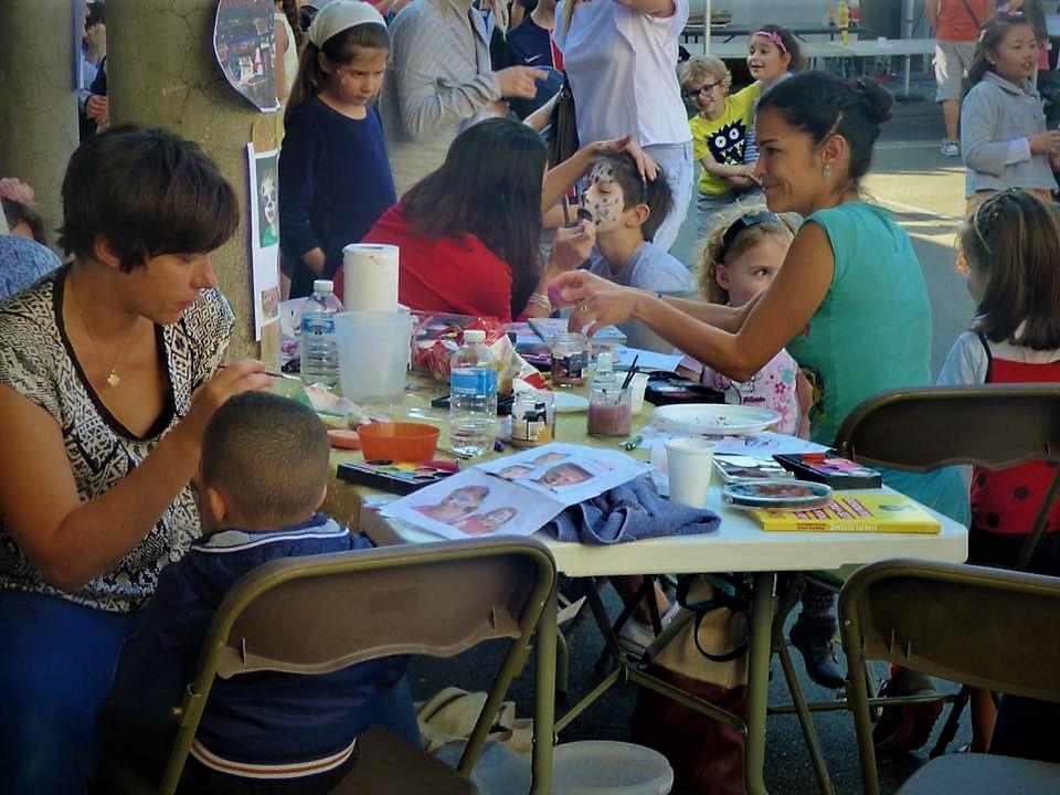 Alfortville école Octobre en fête atelier maquillage