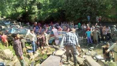 Photo of Autobús cae a barranco, al menos hay 35 muertos