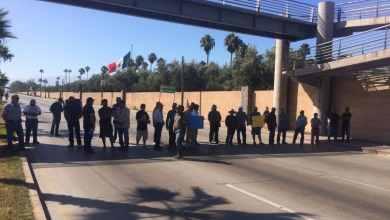 Photo of Burócratas protestan por falta de pagos;amenazan con boicotear la Baja 400