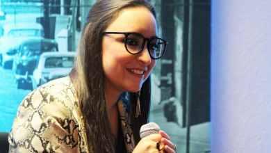 Photo of Valeria Guzmán recibió el Premio Nacional de Poesía Tijuana 2019