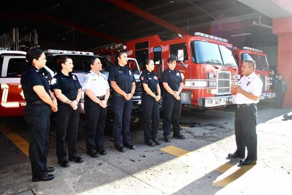 mujeres bomberas