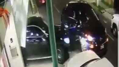 Photo of Evita ser secuestrado atropellando a grupo de delincuentes