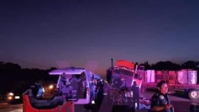 Photo of Choque de tráiler y ambulancia deja seis muertos en Yucatán