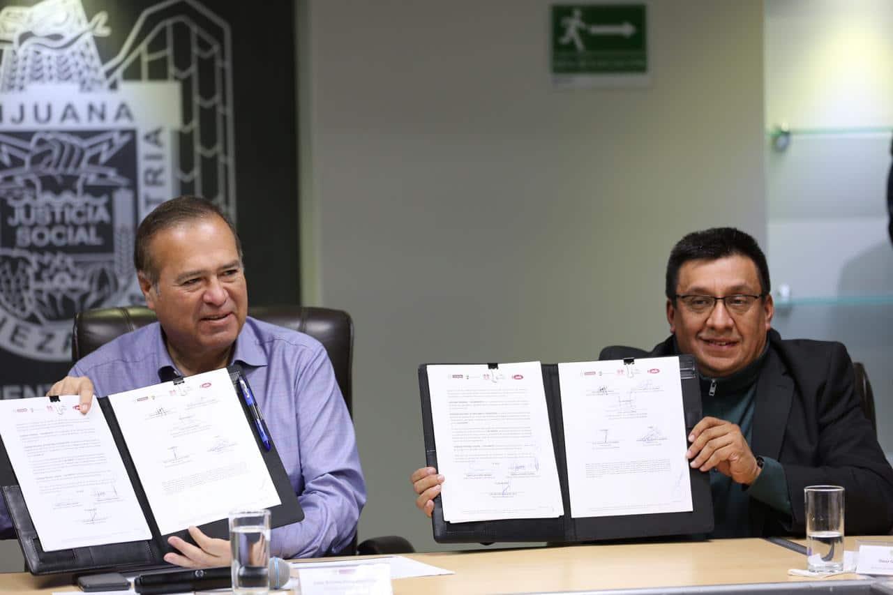 Firman convenio Ayuntamiento, Canadevi y RUV