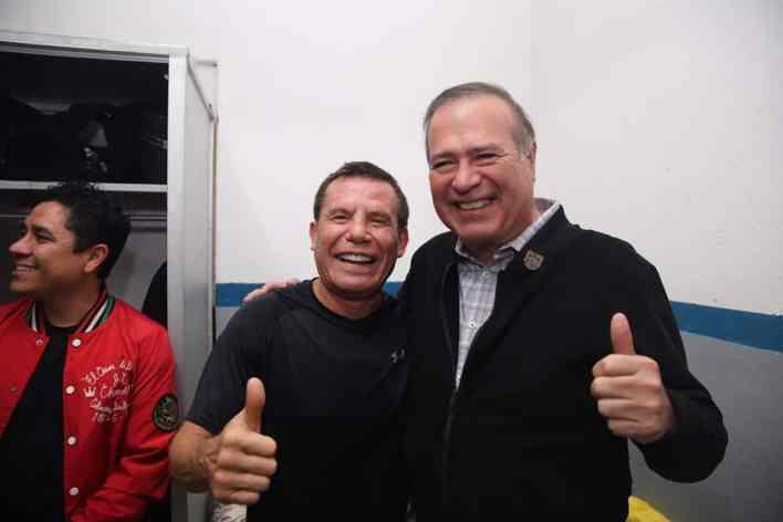 alcalde de TijuanaArturo González Cruz y Julio César Chávez