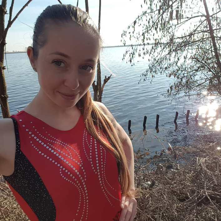 La triste historia de Verona van de Leur, de la gimnasia a actriz porno