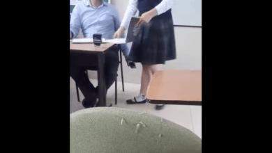 Photo of Graban a profesor acosando a su alumna