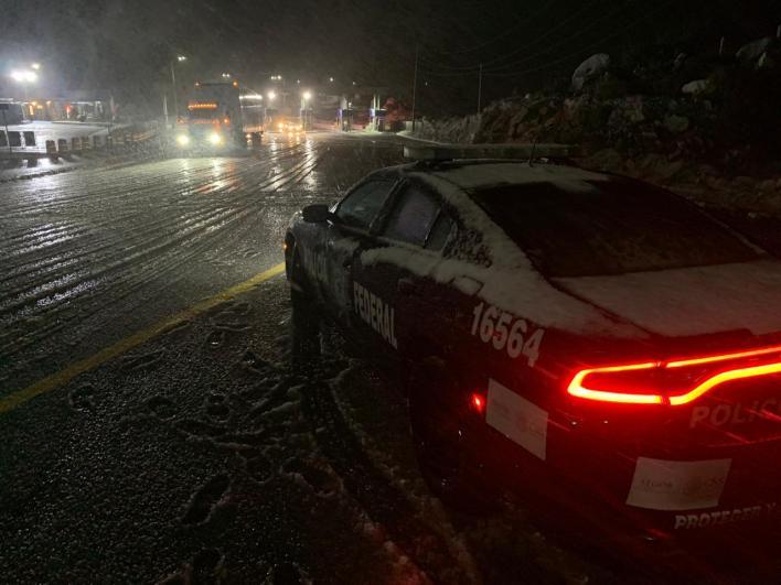 policía federal autopista