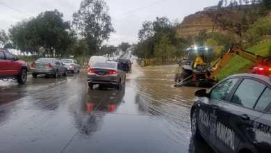 Photo of Cierran vialidades por inundación