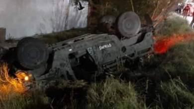 Photo of Vuelca camioneta de Sedena, hay varios militares heridos