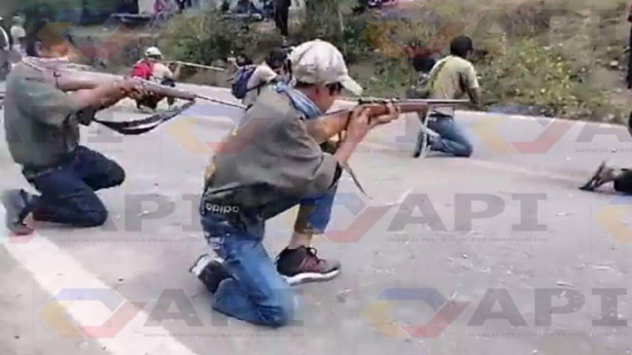 Niños huérfanos de los músicos asesinados toman las armas
