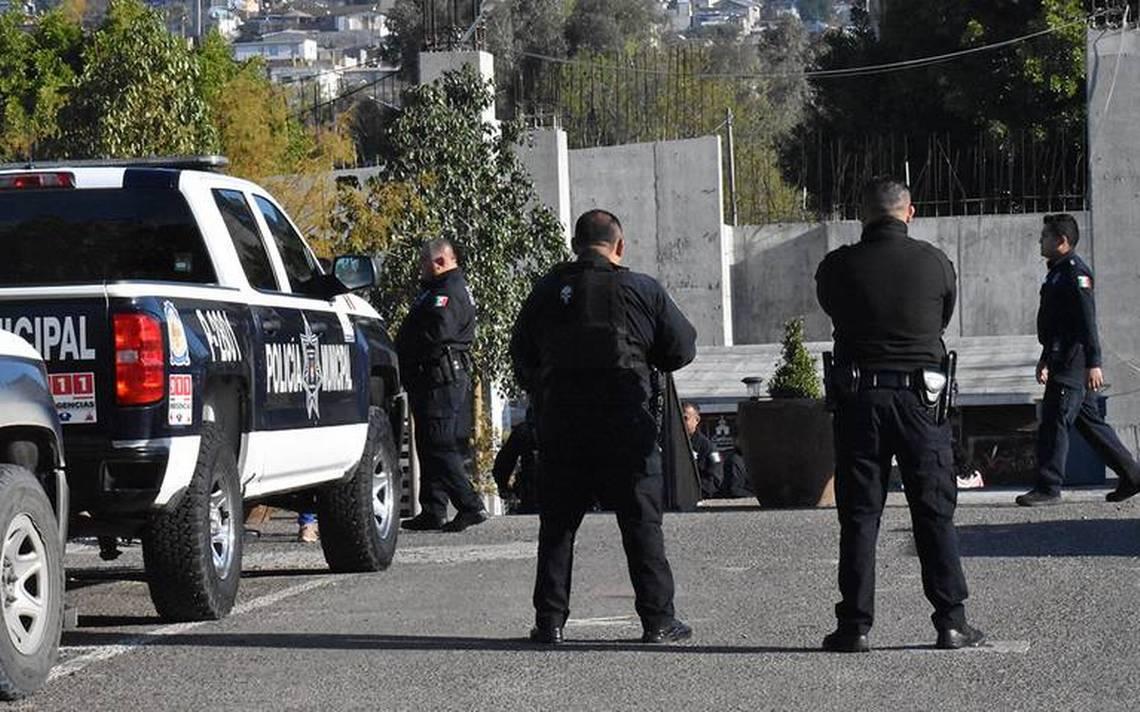 Asesinan a otra mujer en Tijuana, hieren a un hombre