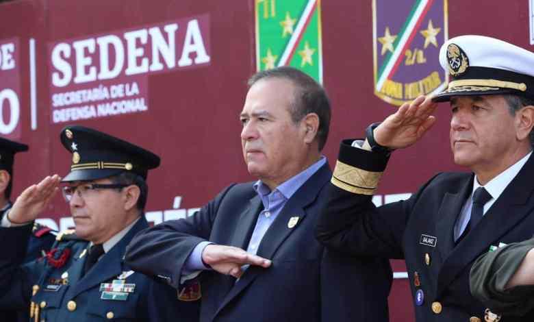Celebra Ayuntamiento Día del Ejercito Mexicano