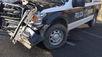 Photo of En persecución embisten a patrulla de policía